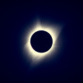 eclipse-0100_corona